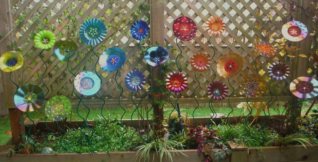mindzeye fused glass garden art mindzeye glass - Glass Garden